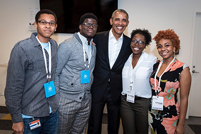 Obama meets with youth at Gary Comer Youth Center